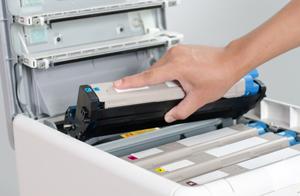 Mit unserer Erfahrung kümmern wir uns um Ihre Probleme im Bereich Drucker-Tinte-Toner.
